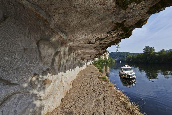 Bootsfahrt Lot Felsen