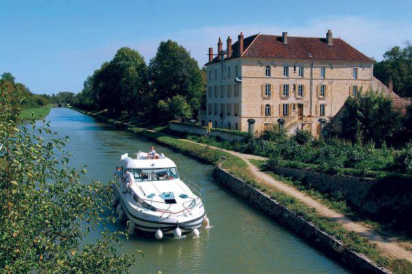 Canal du Bourgogne Hausbooturlaub