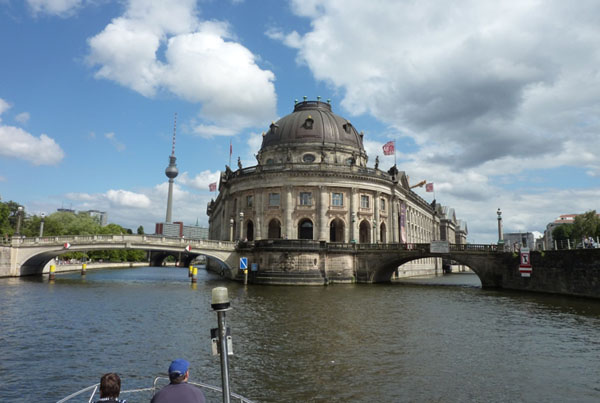 Bootsfahrt Spree in Berlin