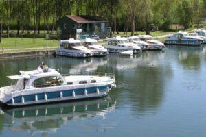 Hafen für Boote auf der Charente