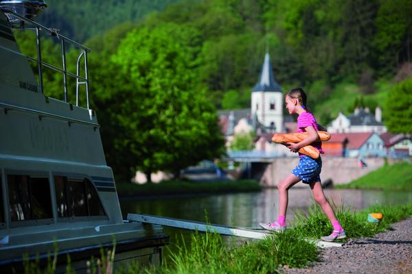 Hausbooturlaub Elsass in Lutzelbourg