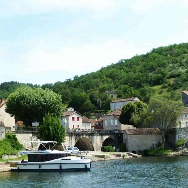Lot Horizon Hausboot Frankreich
