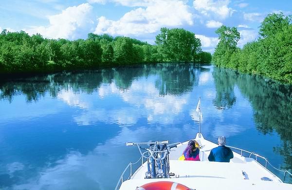 Scey sur Saone mit dem Hausboot befahren