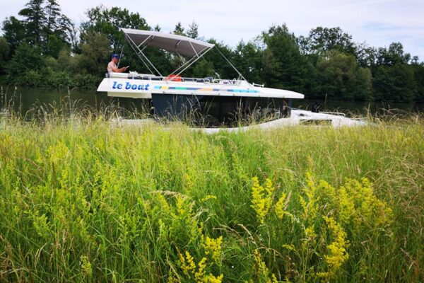 Angelegt am Ufer der Saone mit Hausboot Horizon