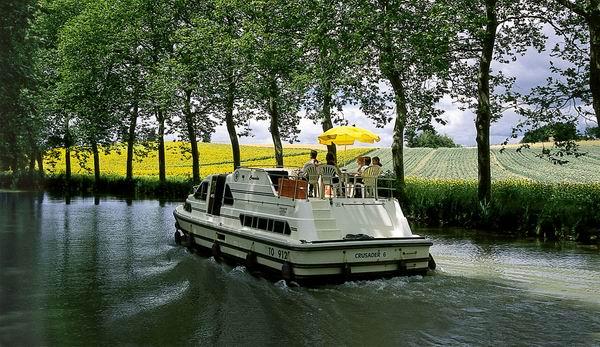 Bootsfahrt ab Castelnaudary - Platanenalle
