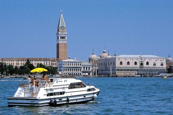 Hausboot Italien