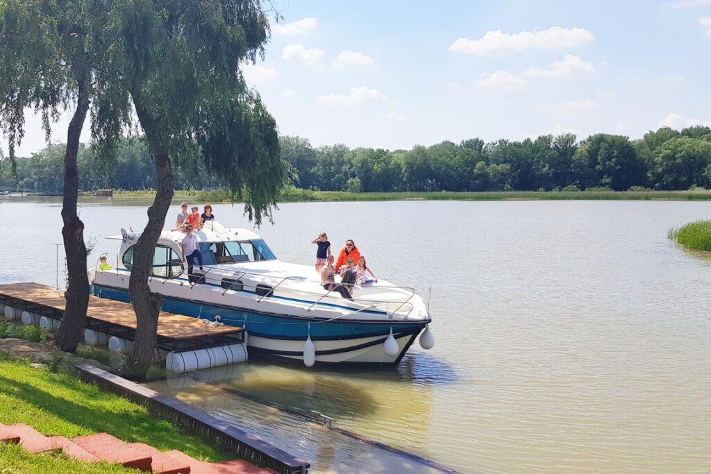 Hausboot mieten in Ungarn
