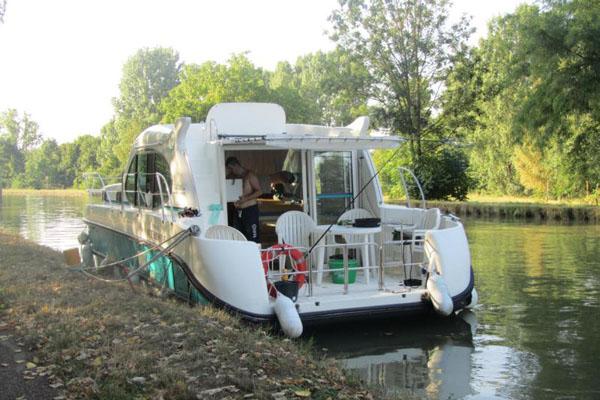 Hausboot Nicols angelegt