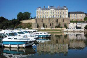 Sable sur Sarthe Hafen