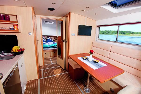 Wohnbereich riverboat 1122