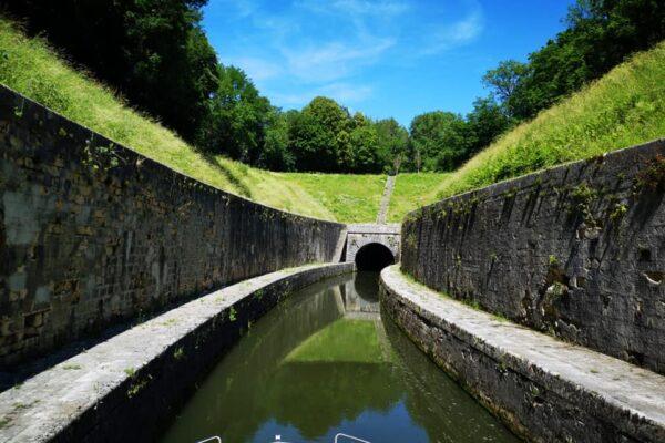 tunnel fluss saone