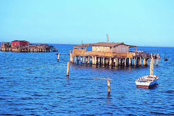 Lagune in Italien mit dem Boot bereisen