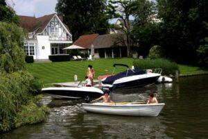 Flandern mit dem Hausboot