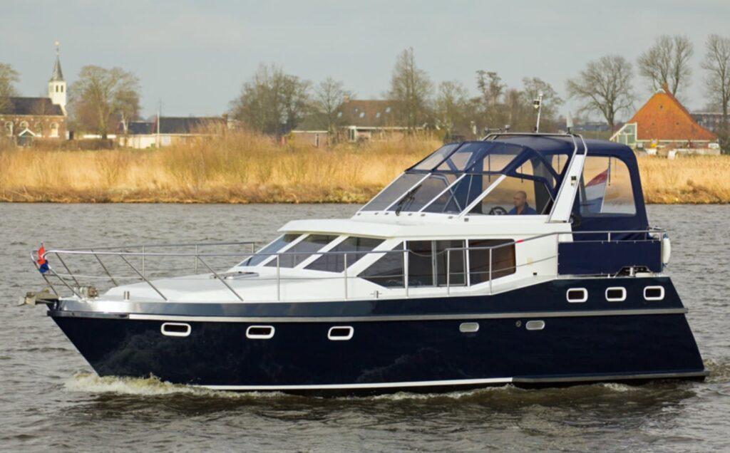 Motorboot Holland Tauris