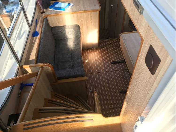 Blick in Salon Boot Gruno 37 Excellent