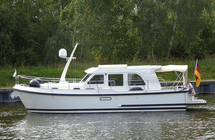 Fahrt Mecklenburg Boot Linssen 290 Sedan