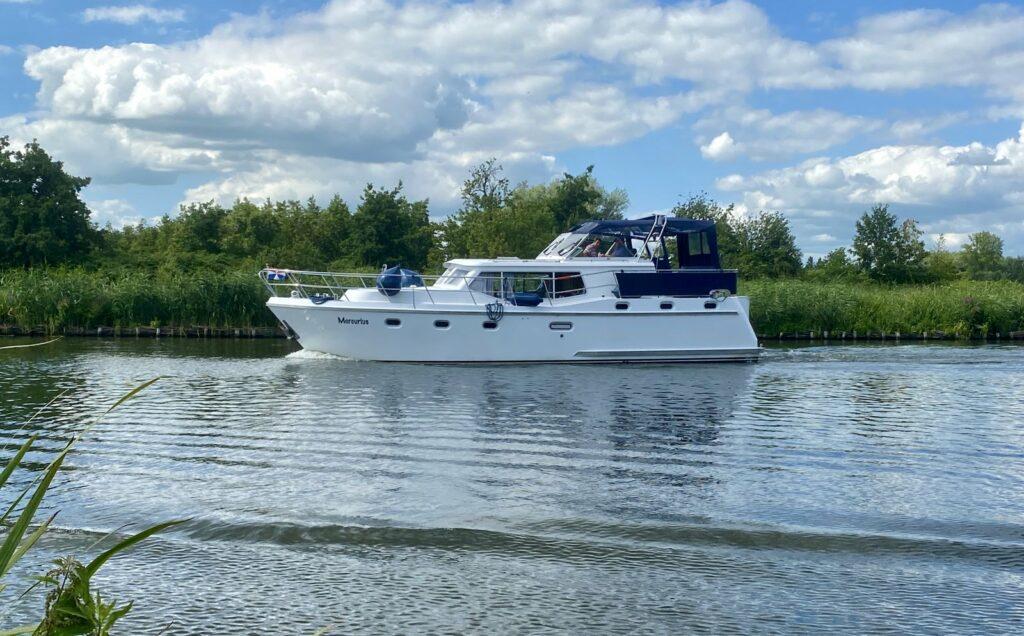 Mercurius Boot fahren
