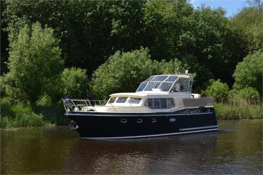 Motoryacht Boot Advantage 42 Drait 80