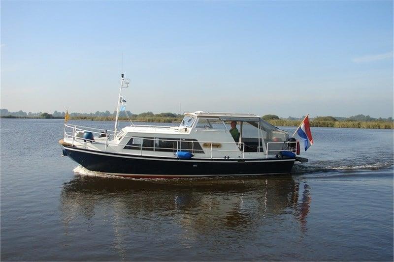Fahrt Boot Doerak Eau Sauvage
