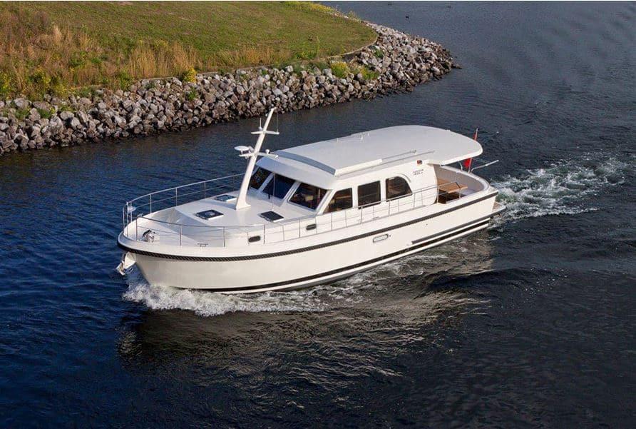 Mecklenburg Boot Sedan Linssen Heike