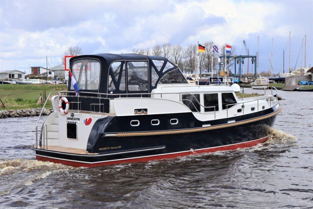 Heckansicht Boot Gruno 41 Sinneskyn
